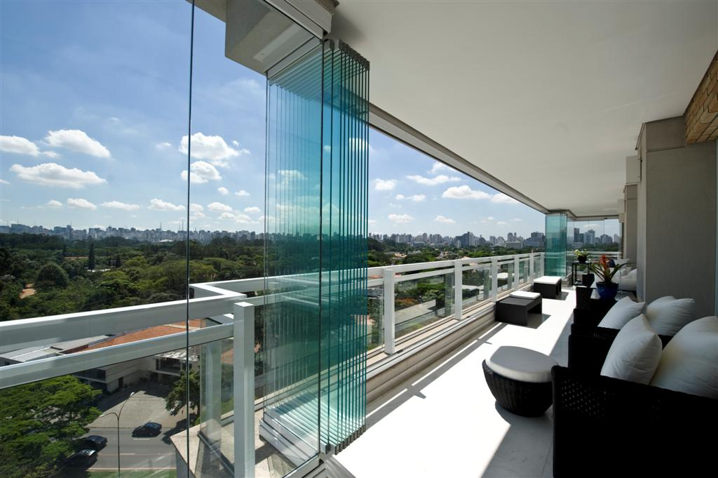 The versatility of frameless glass sliding doors totally home making the most of amazing views with frameless glass sliding doors planetlyrics Gallery