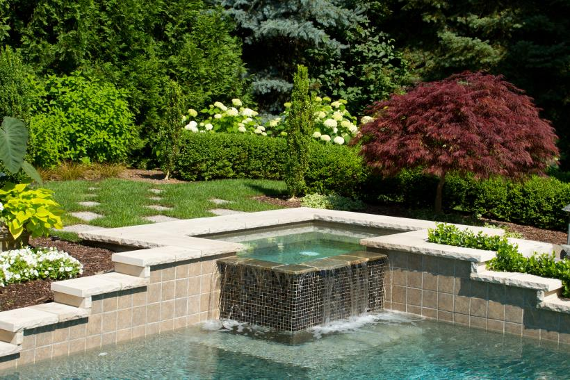 Incorporating A Spa Into A Complete Backyard