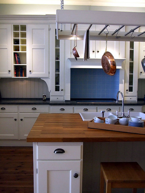 Example of an English kitchen from Kitchen Design Around The World
