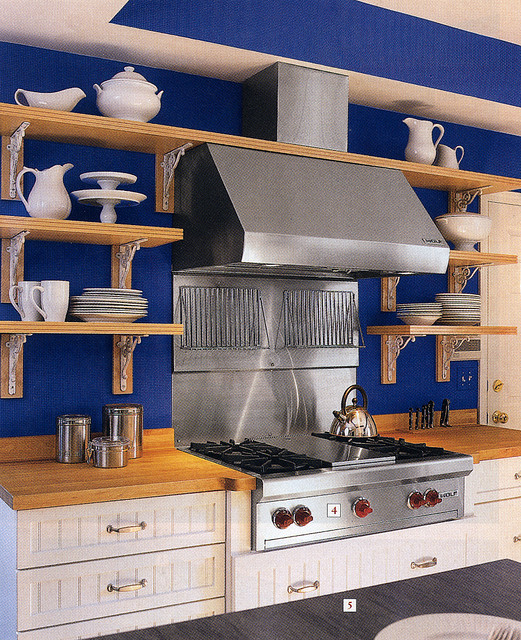 Example of a French kitchen from Kitchen Design Around The World
