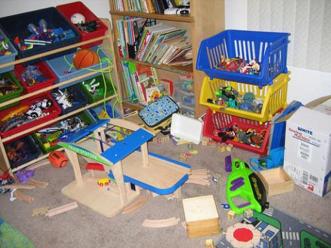 Making sense of a messy playroom totally home improvement for Small dirty room 7 letters